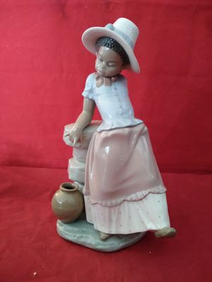 "LLADRO #5158 ""A STEP IN TIME"" BLACK LEGACY COLLECTION FIINE PORCELAIN FIGURINE 9"" TALL IN ORIG BOX for Sale in Pompano Beach, FL"
