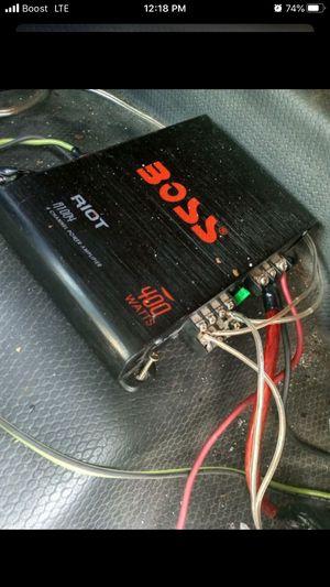 400 watt 4 channel boss amplifier for Sale in Cuyahoga Heights, OH