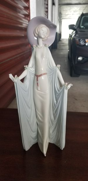 Lladro figurine afternoon tea for Sale in Fort Lauderdale, FL