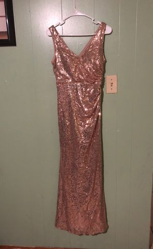 Dress rose gold size 4 for Sale in Hammond, IN