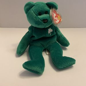 TY Beanie Baby Erin Green Bear Excellent Condition Tag Errors/Typos Red Star for Sale in Anaheim, CA