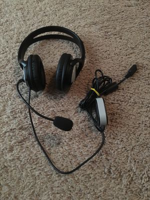 Brand new gaming headphones with microphone for Sale in Davenport, FL