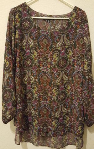 ZAC & RACHEL WOMAN FASHIONABLE PAISLEY SHIRT VERY PRETTY DESIGN LIKE NEW SIZE 1X $15.00 for Sale in McKinney, TX