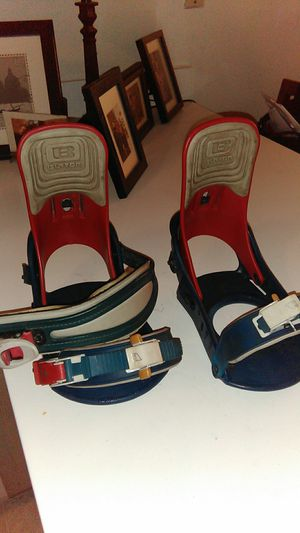 Broken Burton bindings needs straps for Sale in Santa Ana, CA