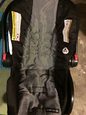 Infant car seat for Sale in Kenosha, WI
