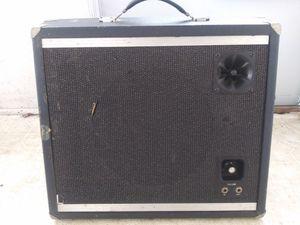 Woodson guitar speaker for Sale in Newington, CT