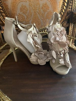 RIVER ISLAND Floral Cream Heels for Sale in Spring, TX
