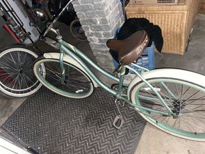 Cheap Price Huffy cruiser girls bike with set a rims and tires for Sale in Sayreville, NJ