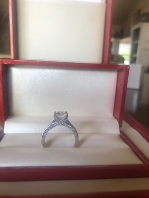Size 8 1/2 agape lab created diamonds brilliant sparkle. 2k and earrings 2k each. 14 k white gold. Certified for Sale in Phoenix, AZ