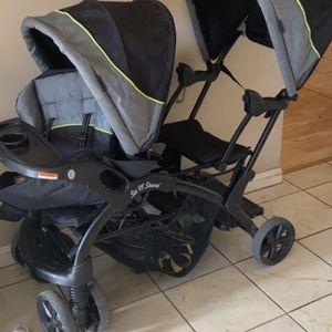 Garco Double Stroller for Sale in Antioch, CA