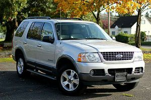 2004 Ford Explorer Xlt for Sale in New York, NY