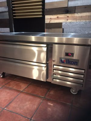 """Grand New Refrigerated Chef base 48"""" 2 drawers for Sale in Beverly Hills, CA"""