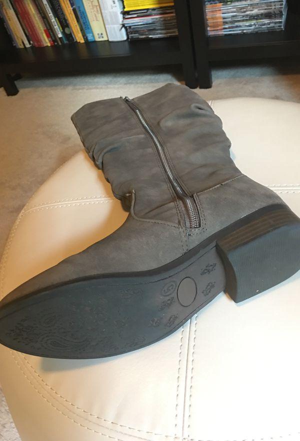 Women boots size# 5