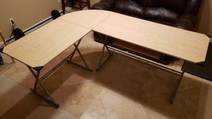 L Shaped Computer desk with Keyboard drawer for Sale in Chula Vista, CA