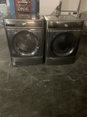 Set washer and dryer brand Kenmor gas dryer Large capacity everything is good working condition 90 days warranty delivery and installation for Sale in San Leandro, CA
