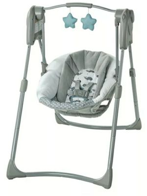 Graco Slim Spaces Swing for Sale in Miami, FL