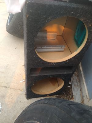 """2 12"""" speaker boxes for Sale in Commerce City, CO"""