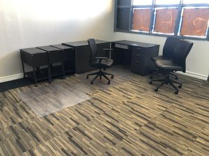 Office furniture, office desk. Office chairs. for Sale in Garden Grove, CA