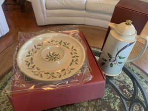 Lenox Christmas Set for Sale in Franklin, TN