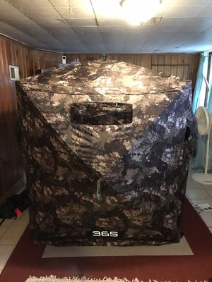 Strata camo Hunting blind for Sale in Columbia, MO