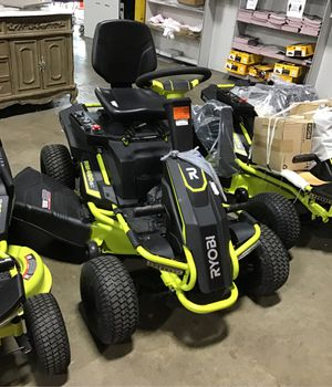 !!38 IN 100AH BATTERY ELECTRIC REAR ENGINE RIDING LAWN MOWER!! for Sale in Houston, TX