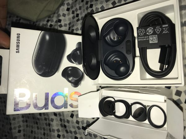 Samsung buds charging case