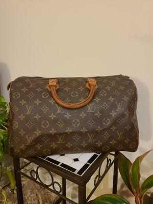 Louis Vuitton Speedy 35 handbag for Sale in Avon Lake, OH