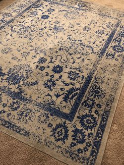 "Rug 120"" X 92"" for Sale in Redmond,  WA"