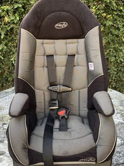 Evenflo Car Booster Seat for Sale in Norwalk,  CA
