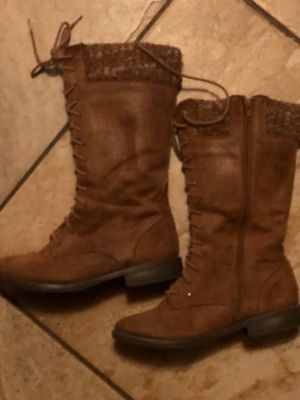 Used girls boots 3.5 for Sale in Ontario, CA