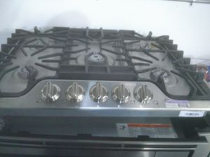 Frigidaire stainless steel kitchen cook top appliance for Sale in Los Angeles, CA