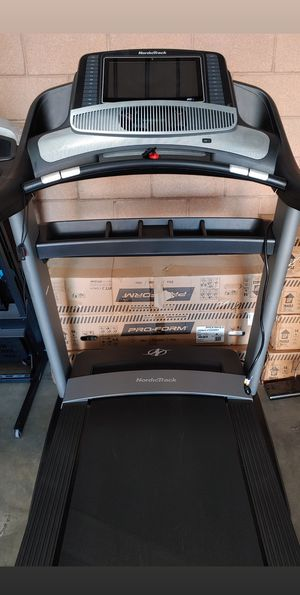 FREE DELIVERY 💥 NordicTrack Commercial 2450 Treadmill Treadmills ✅ WARRANTY / Retail $2400 !! 🚫 for Sale in Henderson, NV