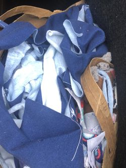 FREE Fabric Scraps for Sale in Vancouver,  WA