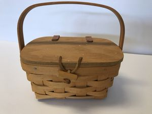 "Longaberger Basket- Small 6-7"" for Sale in Jurupa Valley, CA"
