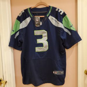 Nike NFL On-Field #3 Russell Wilson Seahawks STITCHED Jersey Men Sz 44 New, with tag. for Sale in Los Gatos, CA