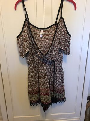 Xhilaration Patterned Romper Size Small for Sale in Lakeland, FL