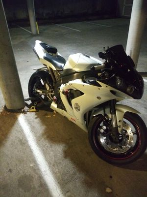 2006 Yamaha R1 clean title for Sale in Seattle, WA