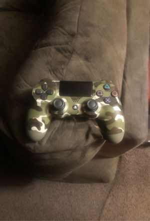 Army fatigue PlayStation 4 controller for Sale in Chicago, IL