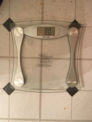 Bathroom Weigh scale for Sale in Harleysville, PA