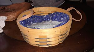 1998 round longaberger basket w/linee for Sale in Zephyrhills, FL