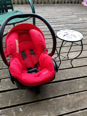 Car seat and table for Sale in Sterling, VA