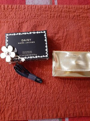 Marc Jacobs Daisy solid perfume for Sale in Los Angeles, CA