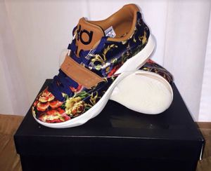 Nike KD EXT Floral (Brand New Never Worn) for Sale in Reynoldsburg, OH