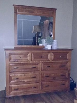 Bedroom Furniture Queen Size White Oak Amish Built for Sale in West Farmington, OH