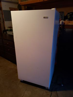 White-westinghouse freezer for Sale in Schaumburg, IL