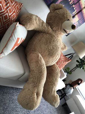 Giant 4.5 Feet Teddy bear 🧸 for Sale in Miami, FL