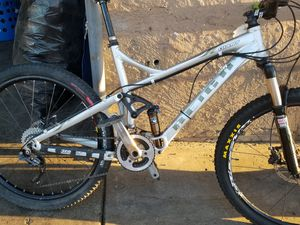 2009 Giant full suspension Mountain bike MTB for Sale in Spring Valley, CA