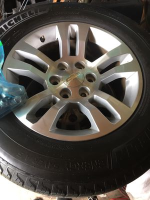 Tires and rim for Sale in Fort Myers, FL