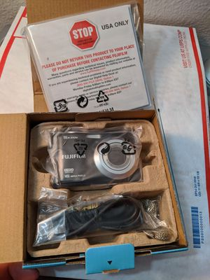 Fujifilm FinePix A Series AX560 16.0MP Digital Camera for Sale in Santa Clarita, CA