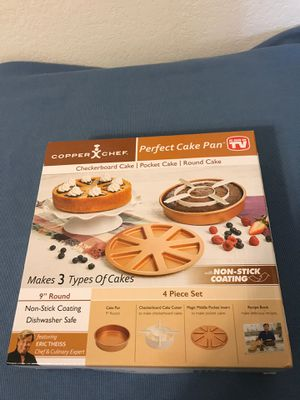 Brand new copper chef perfect cake pan in box, never opened for Sale in Las Vegas, NV